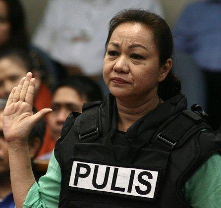 Napoles at Senate Hearing - Photo from Yahoo Southeast Asia Newsroom/NPPA Images